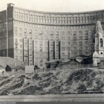 """Колокольня церкви Благовещения на Бережках и """"дом архитекторов"""". 50-е годы"""